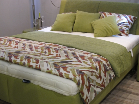 Doppelbett, Oliv, Schlafzimmer